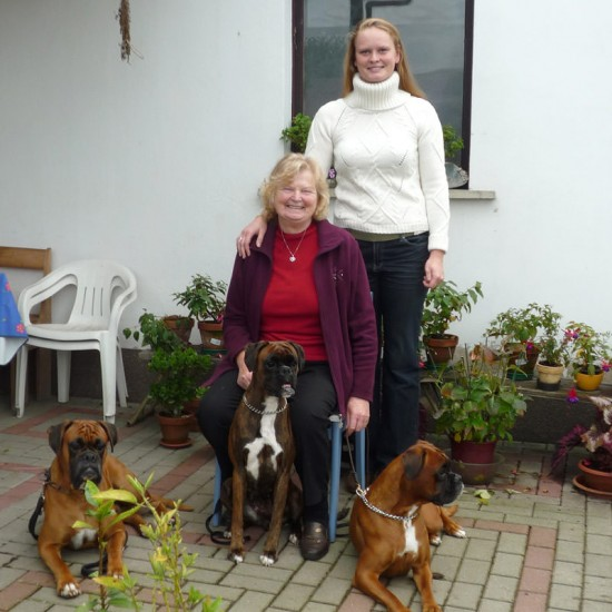 Jacqueline Maaß mit Oma Meta Schulz